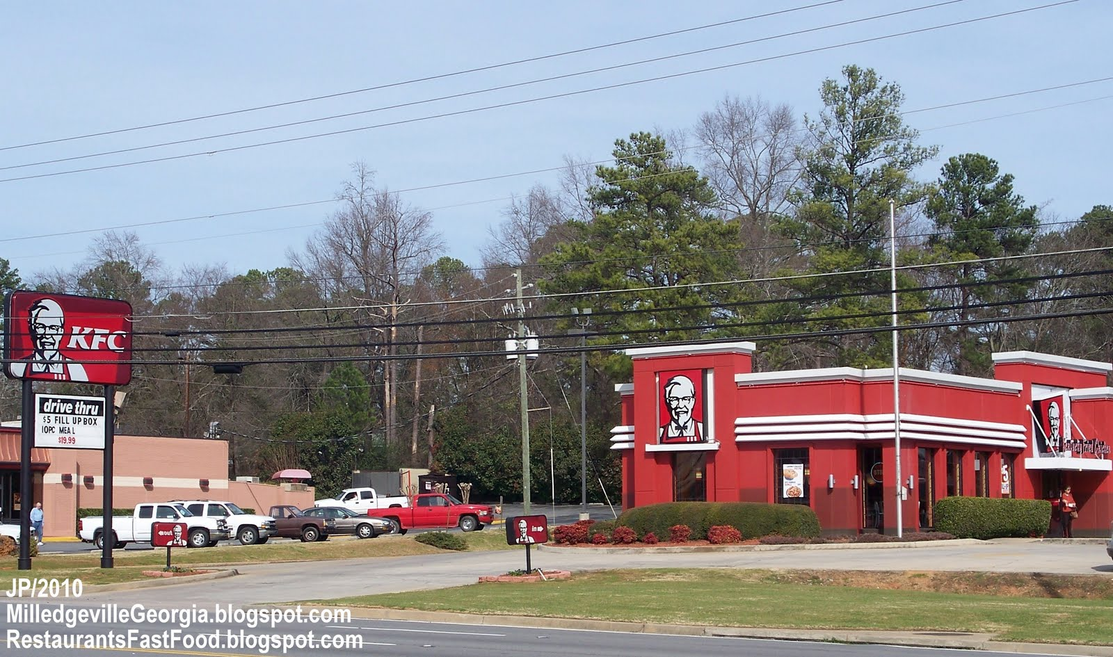 http://1.bp.blogspot.com/-nY_FrizNWHY/Th9Kn9zsDiI/AAAAAAAD9Kc/3T05sVmx3qo/s1600/KFC+Kentucky+Fried+Chicken+Fast+Food+Restaurant%252C+Milledgeville+Georgia.JPG