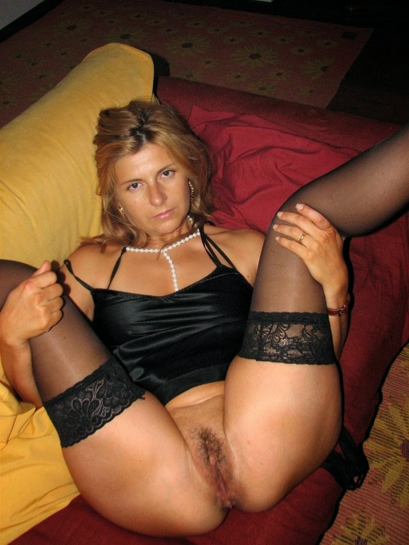amateur blonde xxx