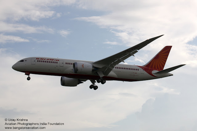 Air India First Boeing 787-8 Dreamliner VT-ANH arrives in New Delhi - finals to Runway 10