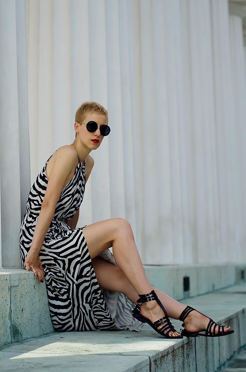 zebra printed maxi dress h&m trend beeswonderland