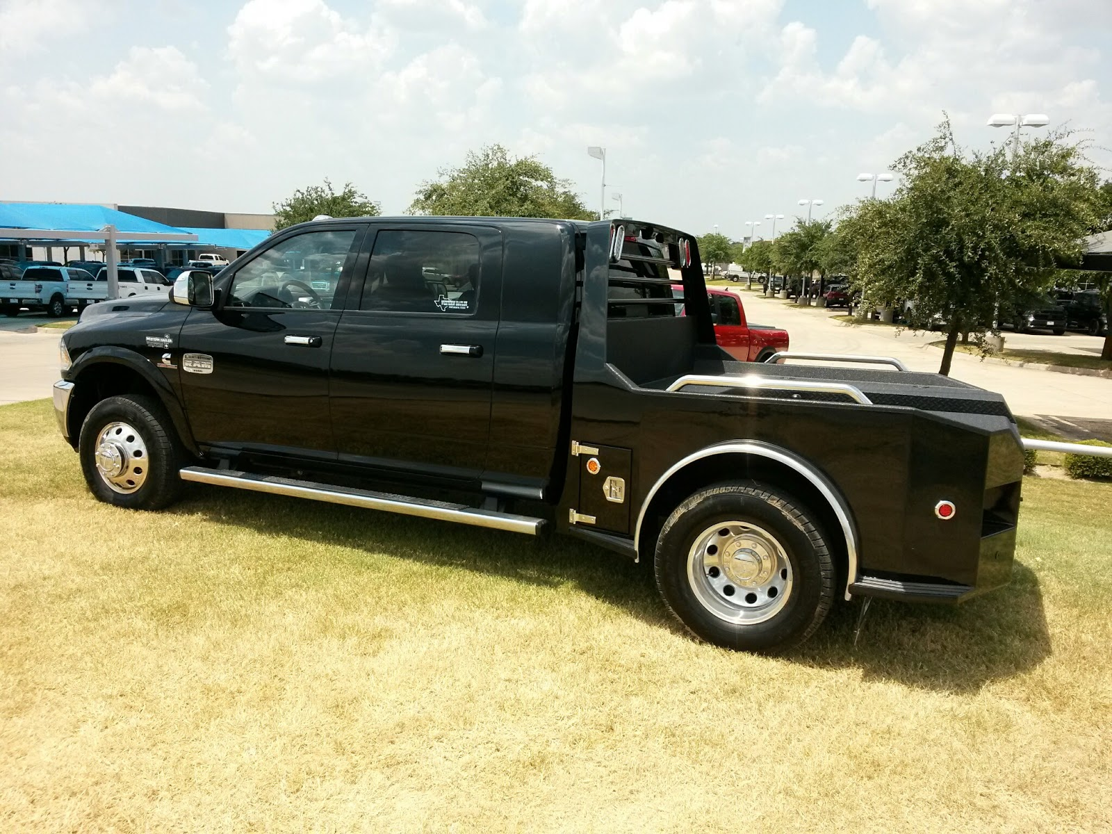 Video New Black Pearl 2015 Ram 3500 Laramie Longhorn Mega