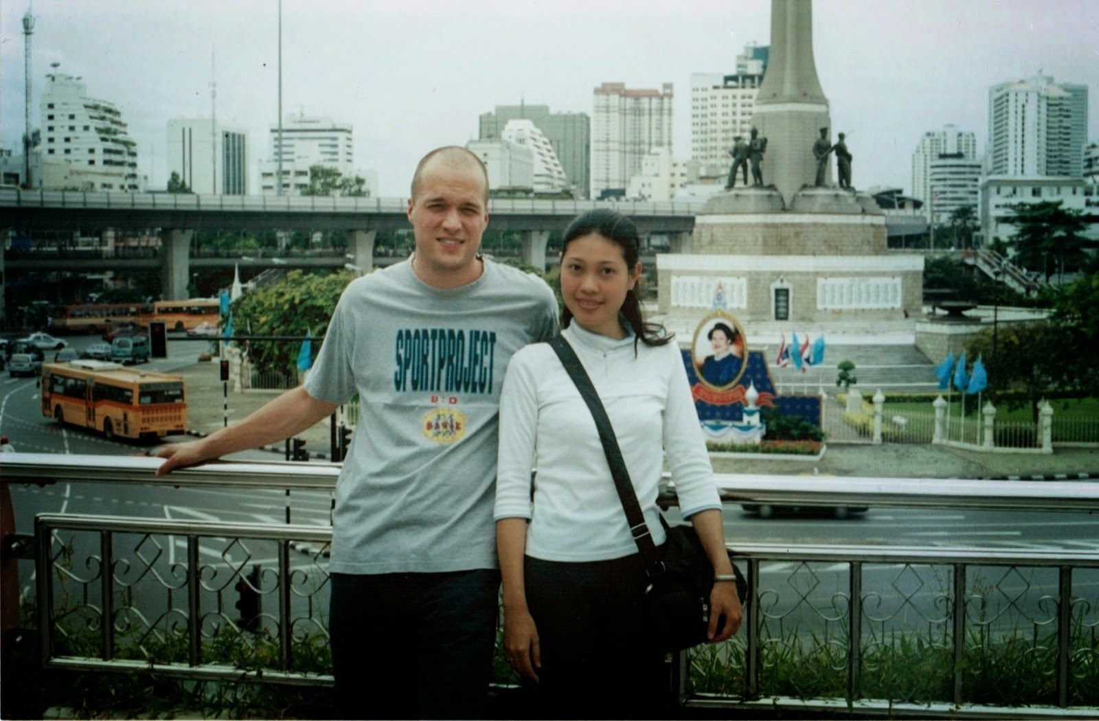 Victory Monument, 2000