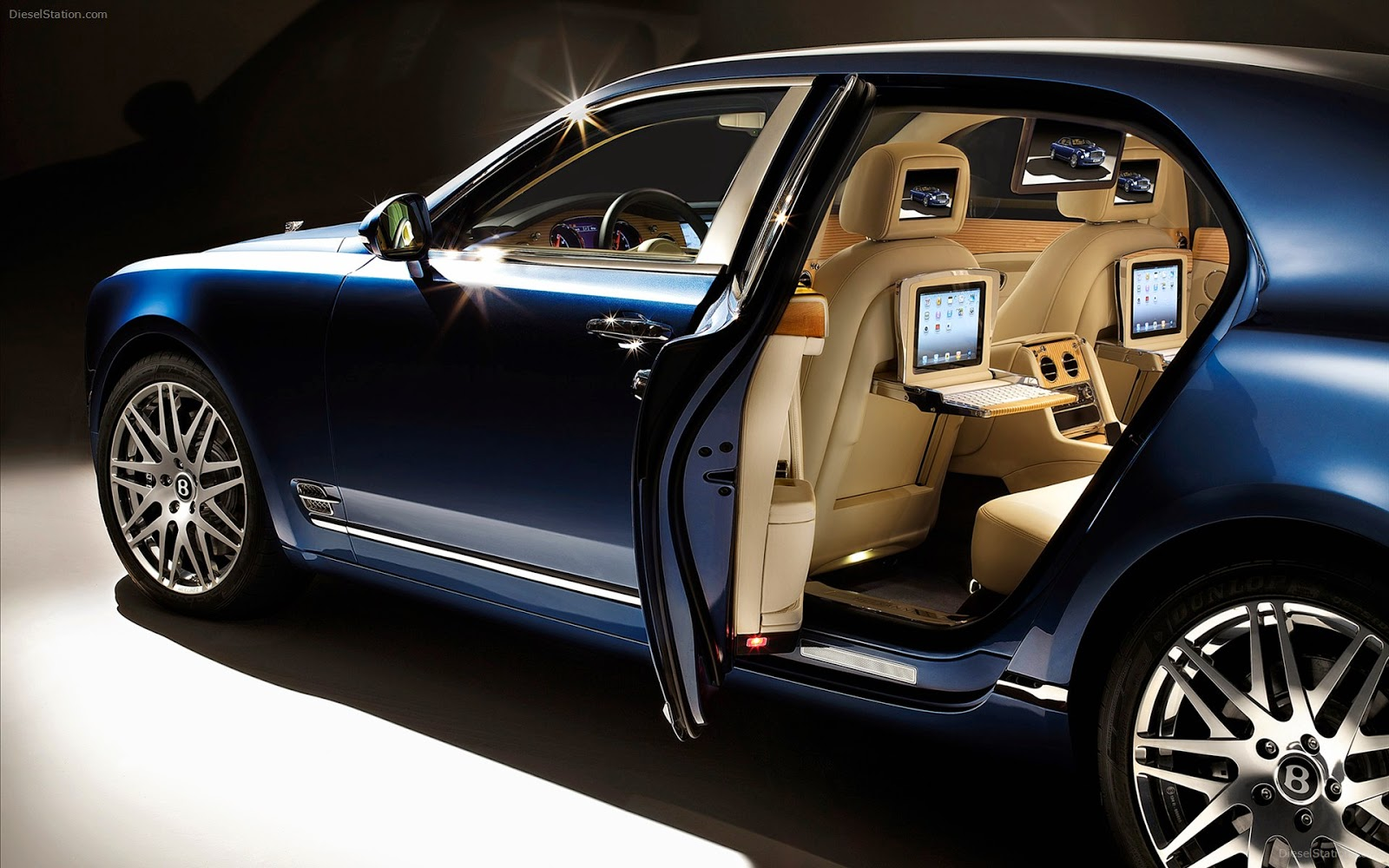 executive cars in Melbourne