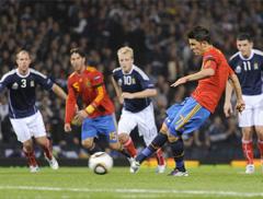 sueño: metiendo muchos goles con la selección española de fútbol en la Eurocopa en las finales, campeones de Europa