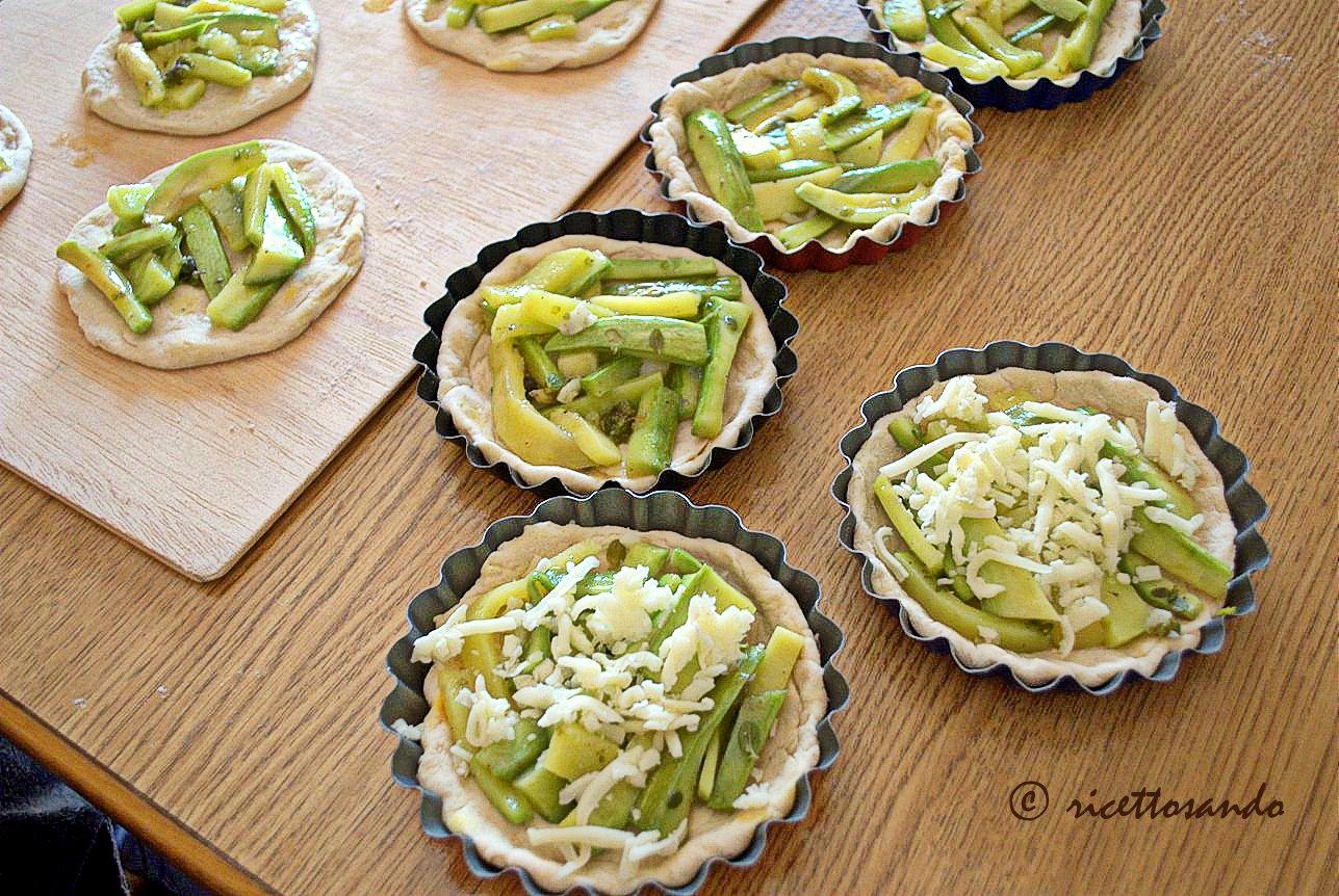 Lepizzottine pizzette di farro alle zucchine prepariamo la farcitura
