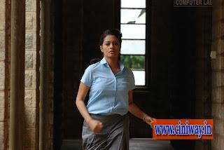 Ponmaalai-Pozhudhu-Heroine-Gayathiri