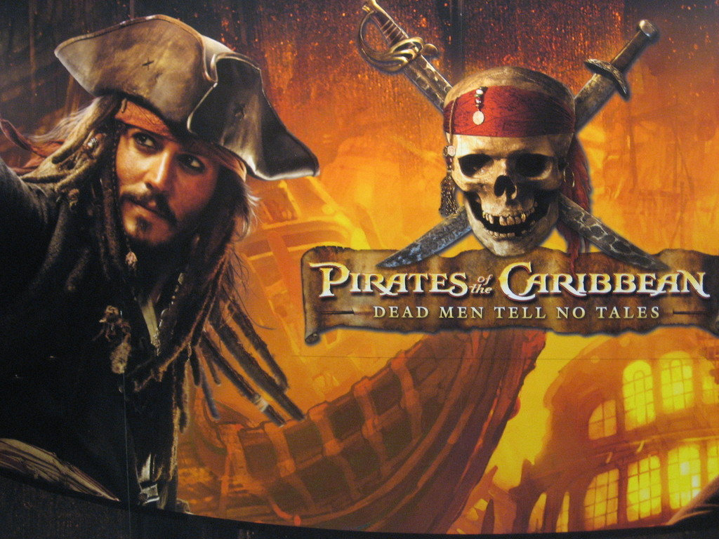 Pirates-of-the-caribbean-jack-sparrow-pirates-of-the-caribbean-2803605