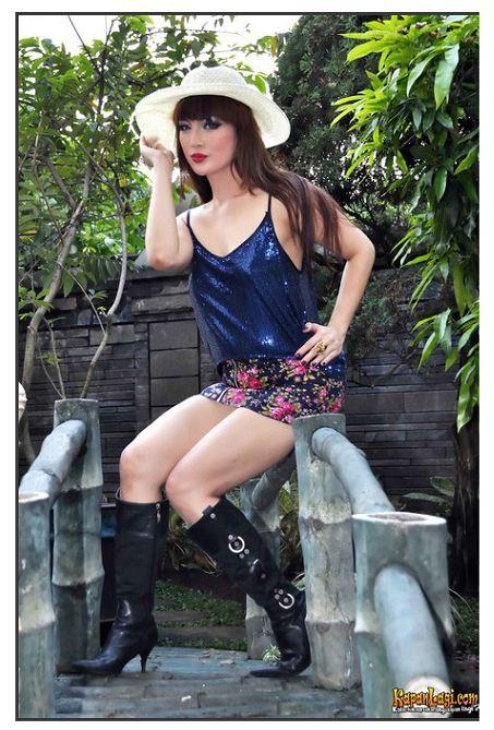 vivi buntaran artis seksi indonesia