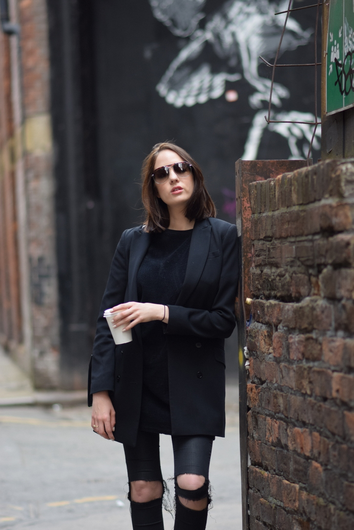 All black outfit with aviator sunglasses