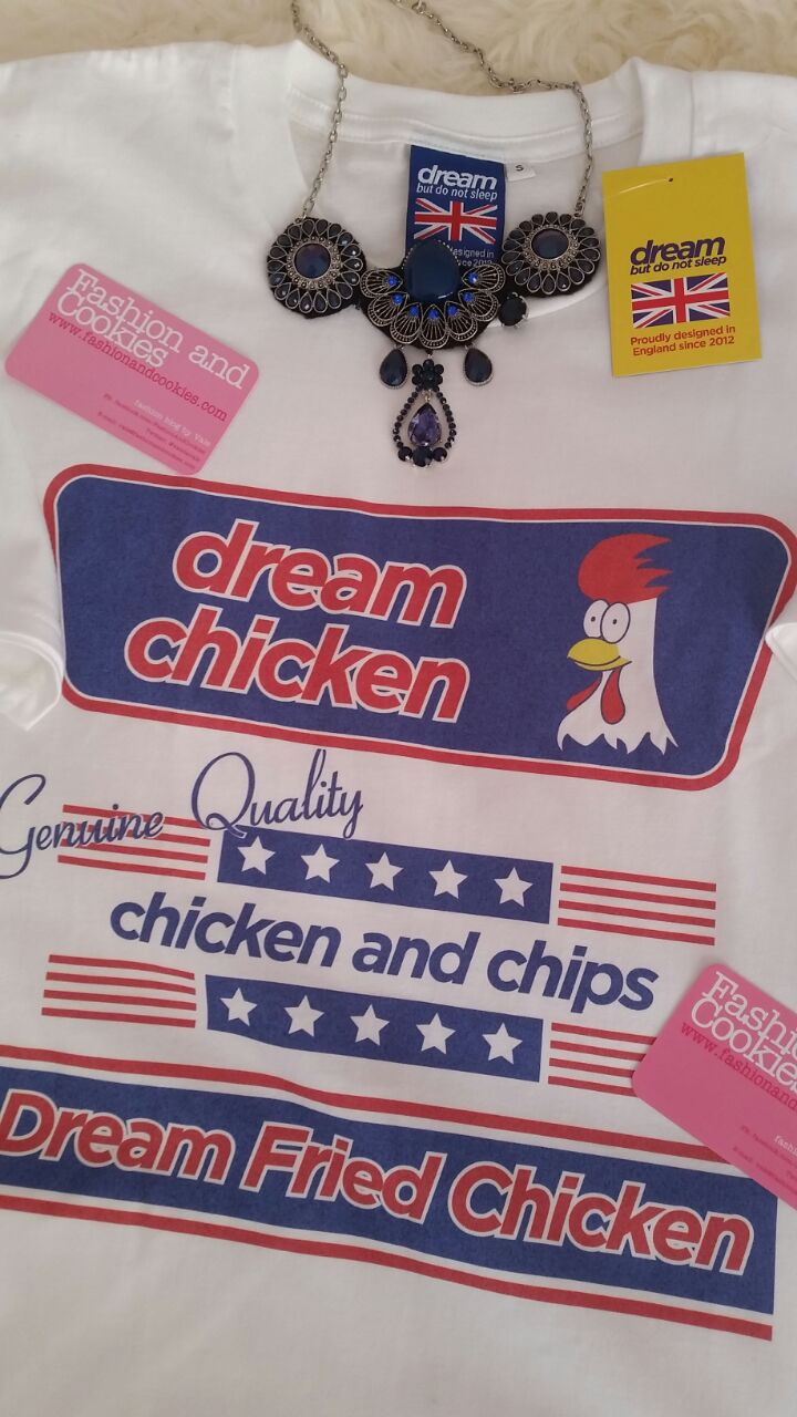 Fried Chicken t-shirt on Fashion and Cookies fashion blog, fashion blogger style