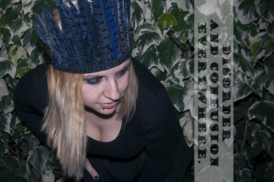 For Peet's Sake blog blue black Zara feather crown