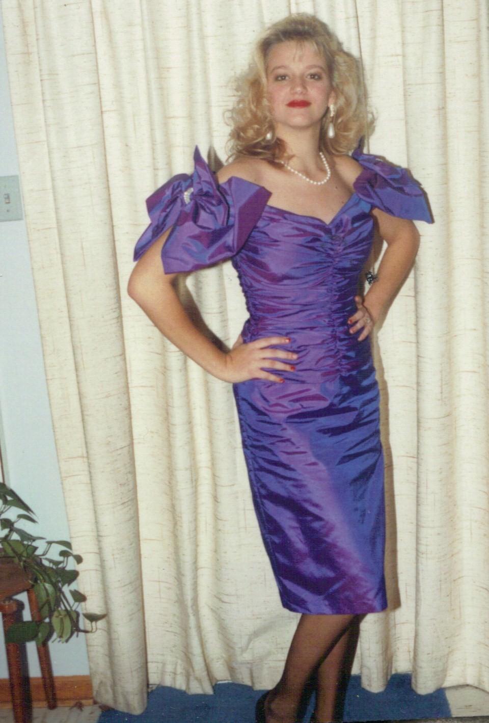 Charmant Hot Pink 80er Prom Kleid Bilder - Brautkleider Ideen ...