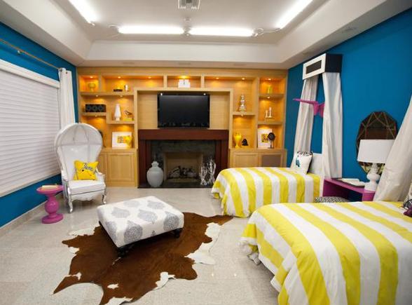 Britany simon design hgtv design star episode 1 recap for David bromstad bedroom designs
