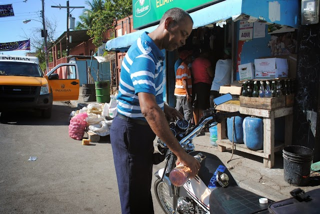 Combustibles invariables tras 29 semanas en baja