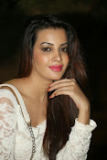 Diksha panth latest glam pics-thumbnail-6