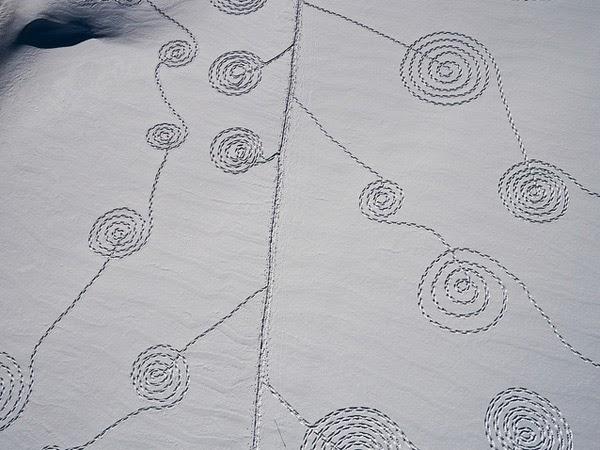 Dibujos en la nieve de Sonja Hinrichsen Snow Drawings at Rabbit Ears Pass