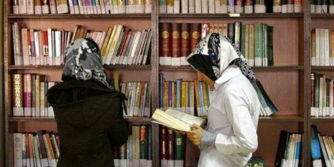 Buku Tentang Kisah Abu Bakar Di Cekal Di Rusia