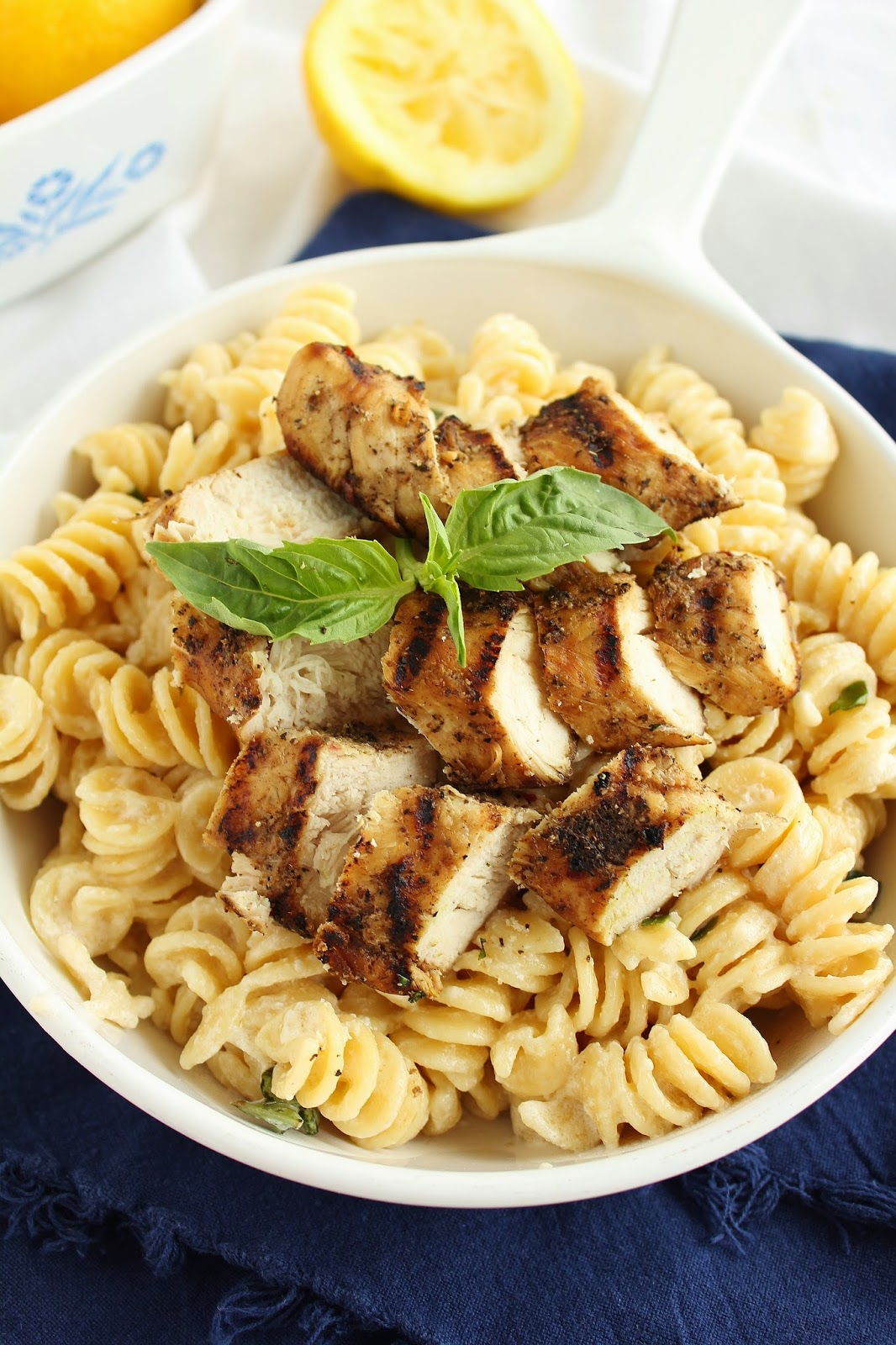 Baking with Blondie : Grilled Chicken with Lemon Basil Pasta