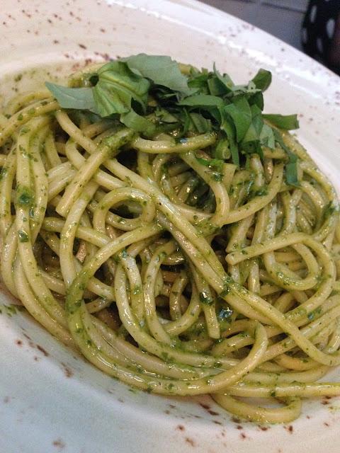 Spaghettoni al pesto pappardella de Valencia