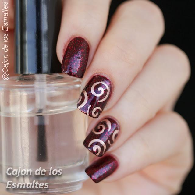 Stencils o plantillas para uñas