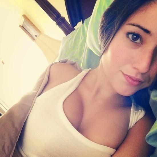 Angie Varona Selfie