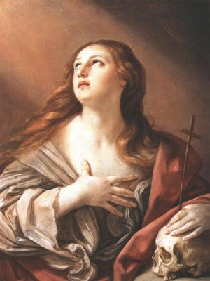 Santa Maria Magdalena con la mano izquierda sobre la calavera y sujetando la cruz