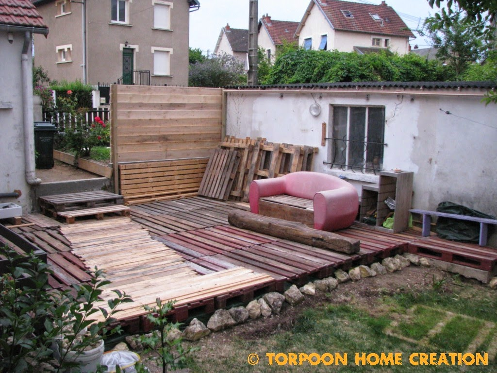 Torpoon home creation: terrasse en palettes et salon d'été