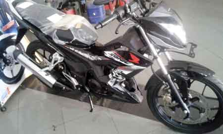 gambar Sonic 150R warna Hitam