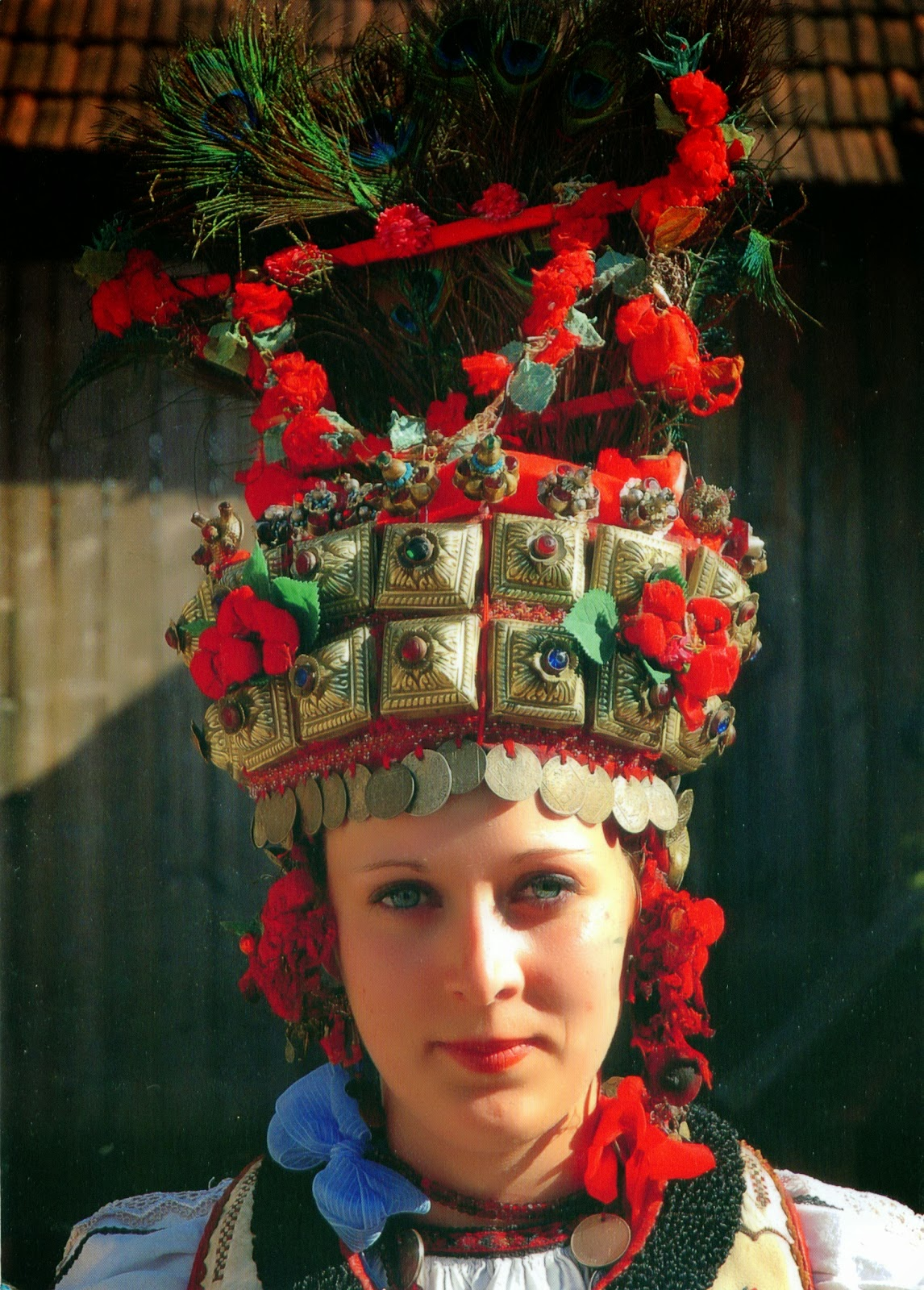 Local style traditional wedding costume and headdress of europe - Traditional style wedding romania ...