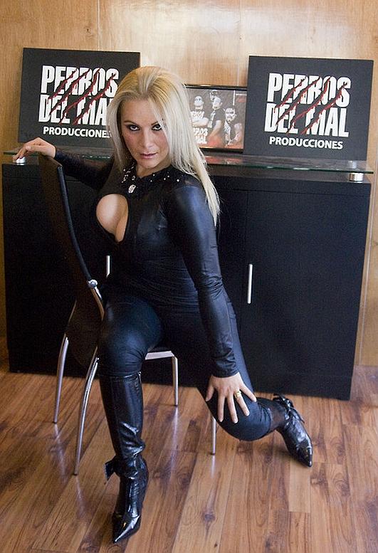Lucha Women: January 2009