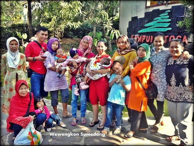 Wisata Keluarga di Kampung Toga