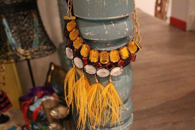 fashionblogger cali, fashionbloggers de cali se reunen en la juana, feria de diseño independiente en la juana, marcas independientes en la juana, fashionblogger colombia, it girl colombia, la sucursal, feria de diseño independiente, moda colombia, blog de moda