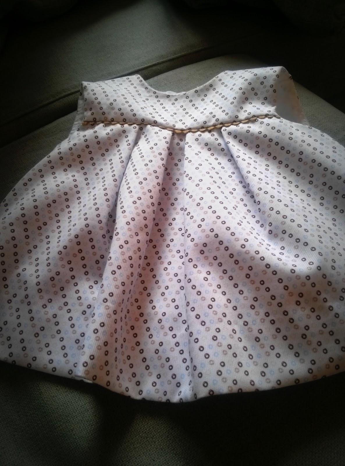 vestido de niña de piqué forrado