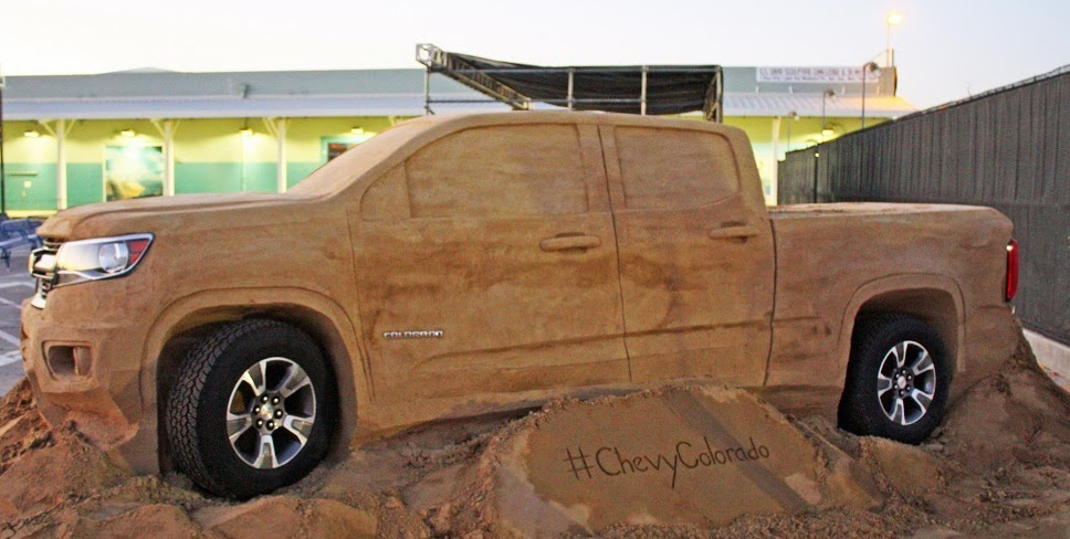 A Chevrolet Colorado Sand Photos 2014