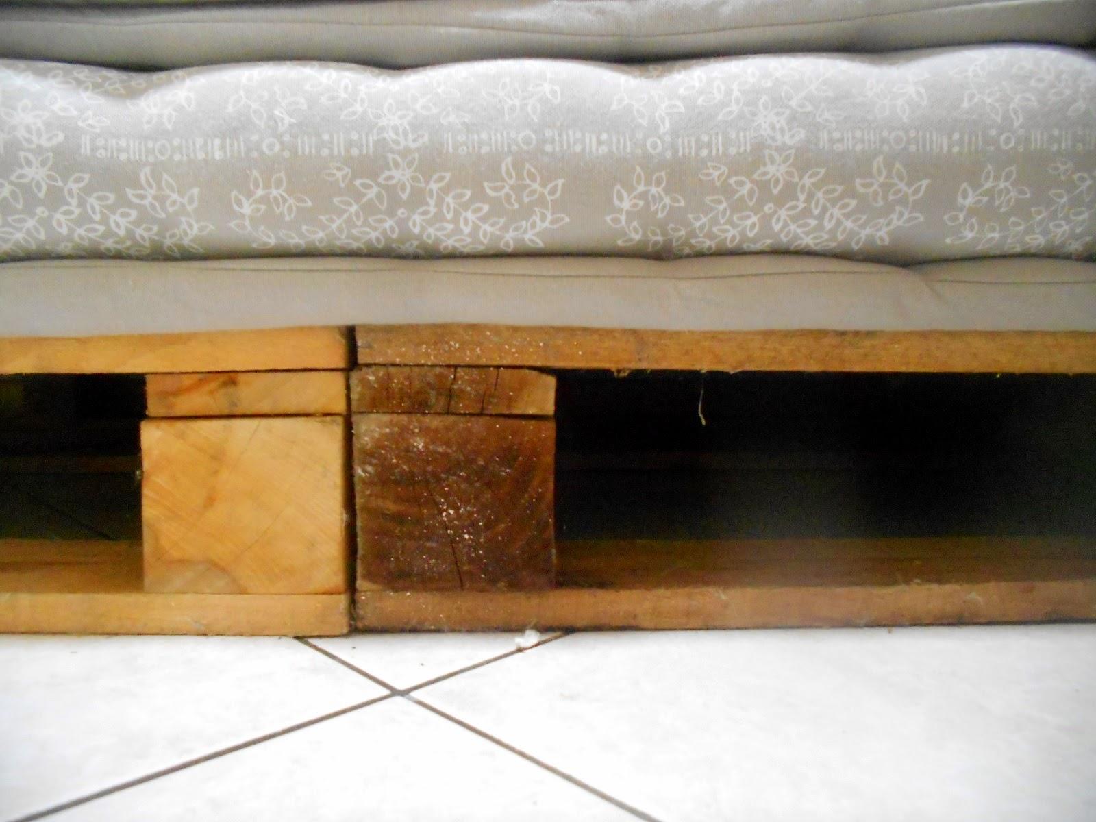 Divani componibili in legno for Mobili esterno economici