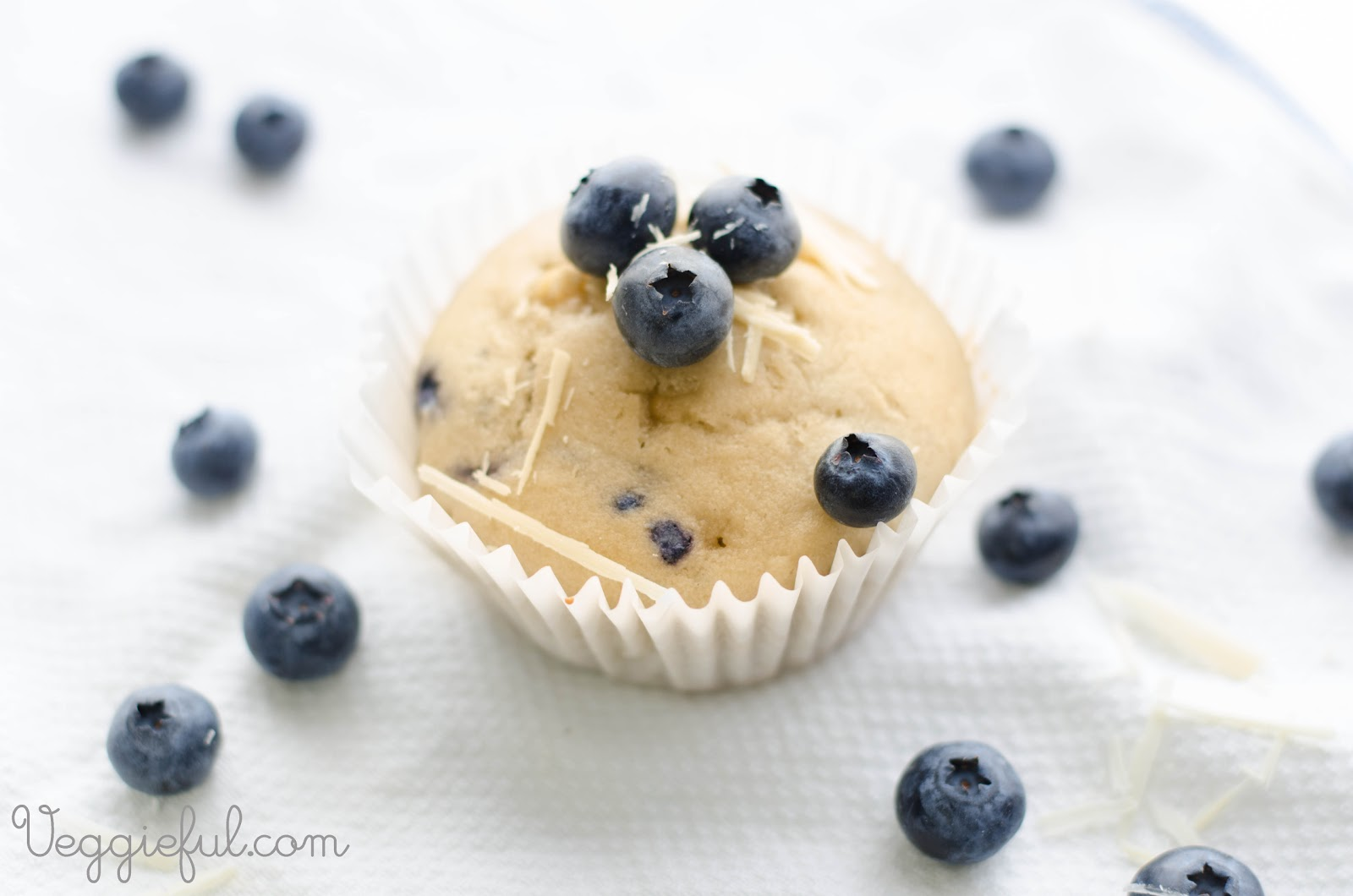 Veggieful: Vegan Blueberry and White Chocolate Cupcakes