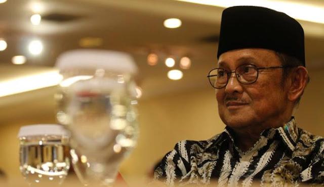 Habibie : Jadikan Idul Fitri Awal Pembangunan Indonesia Baru