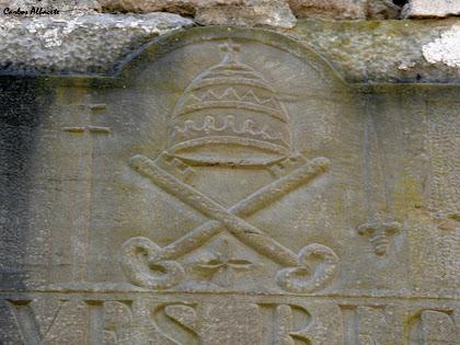 La tiara i les dues claus símbols de Sant Pere Apòstol. Autor: Carlos Albacete