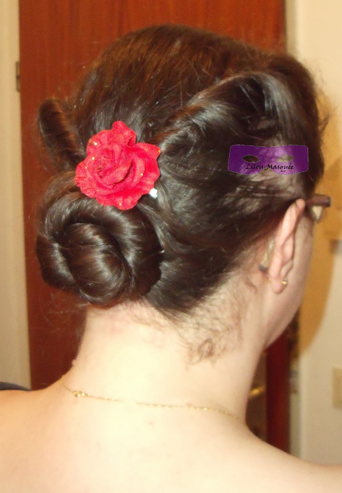 Tuto coiffure chignon pin up ann es 40 coiffure cheveux long extension cheveux - Pin up annee 40 ...