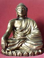 buddha akshobya statua scultura Progetto vajra perle nel tempo art gallery meditazione zen
