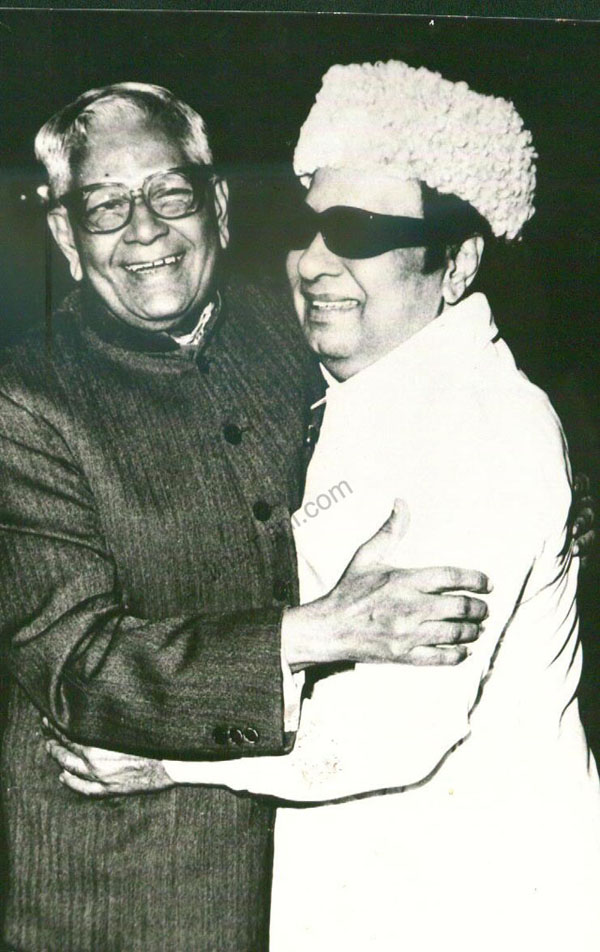 M.G. Ramachandran with R. Venkatraman