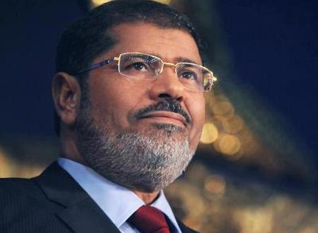 مرسي يدعو رؤساء الأحزاب ورموز