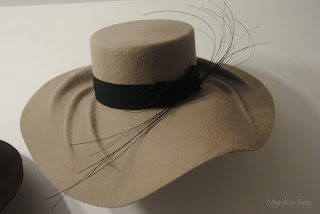 pamela-invierno-asun-duran-sombrero