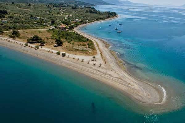 Η παραλία του Κάβου