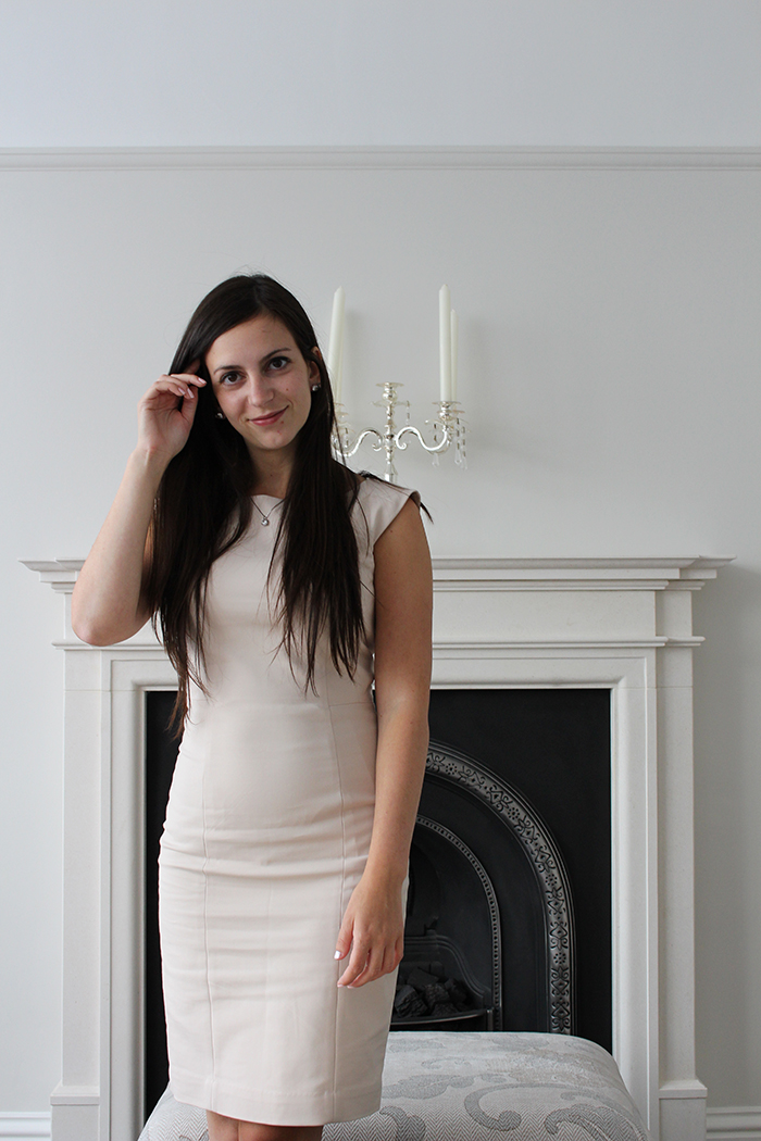 H&M HM HnM Dress Work Outfit Fancy Fireplace
