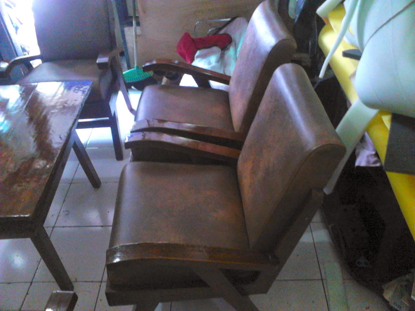 Service-kursi-sofa-jati-jakarta