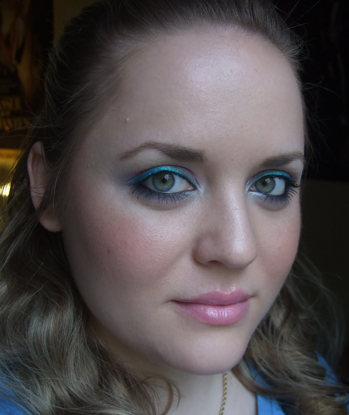 Daily make up blau rosa ombre augen make up for Rosa augen