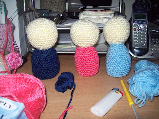 how to crochet a kokeshi doll