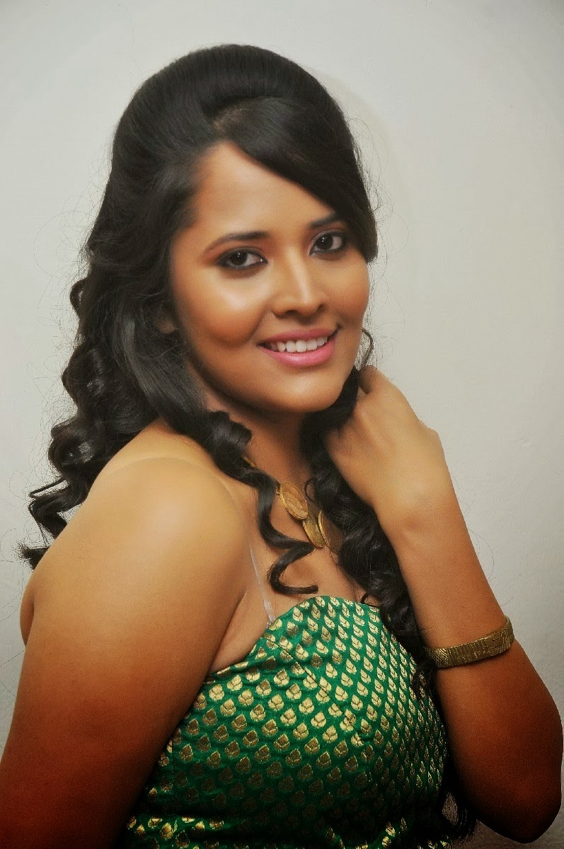 Anasuya Latest Hot Stills