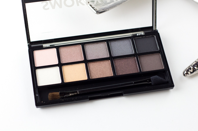 annabelle smokey nudes eyeshadow palette review